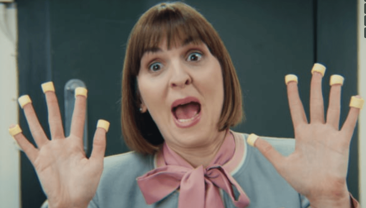 A London bank rescues hula hoops ad